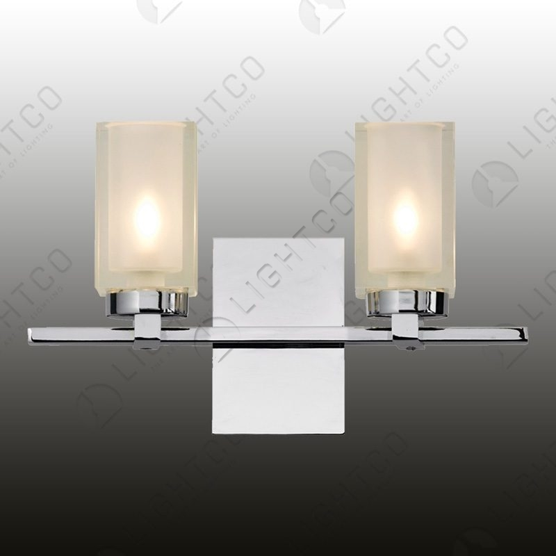 WALL LIGHT DOUBLE ON A BAR